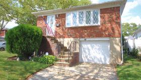 151 Tysens Lane, Staten Island, NY 10306
