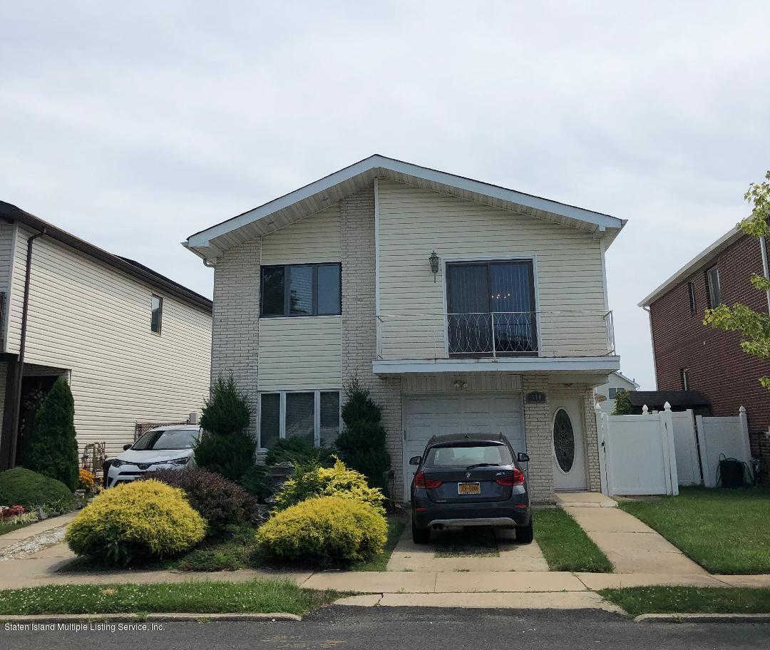 570 Pendale Street, Staten Island, NY 10306 now has a new price of $850,000!