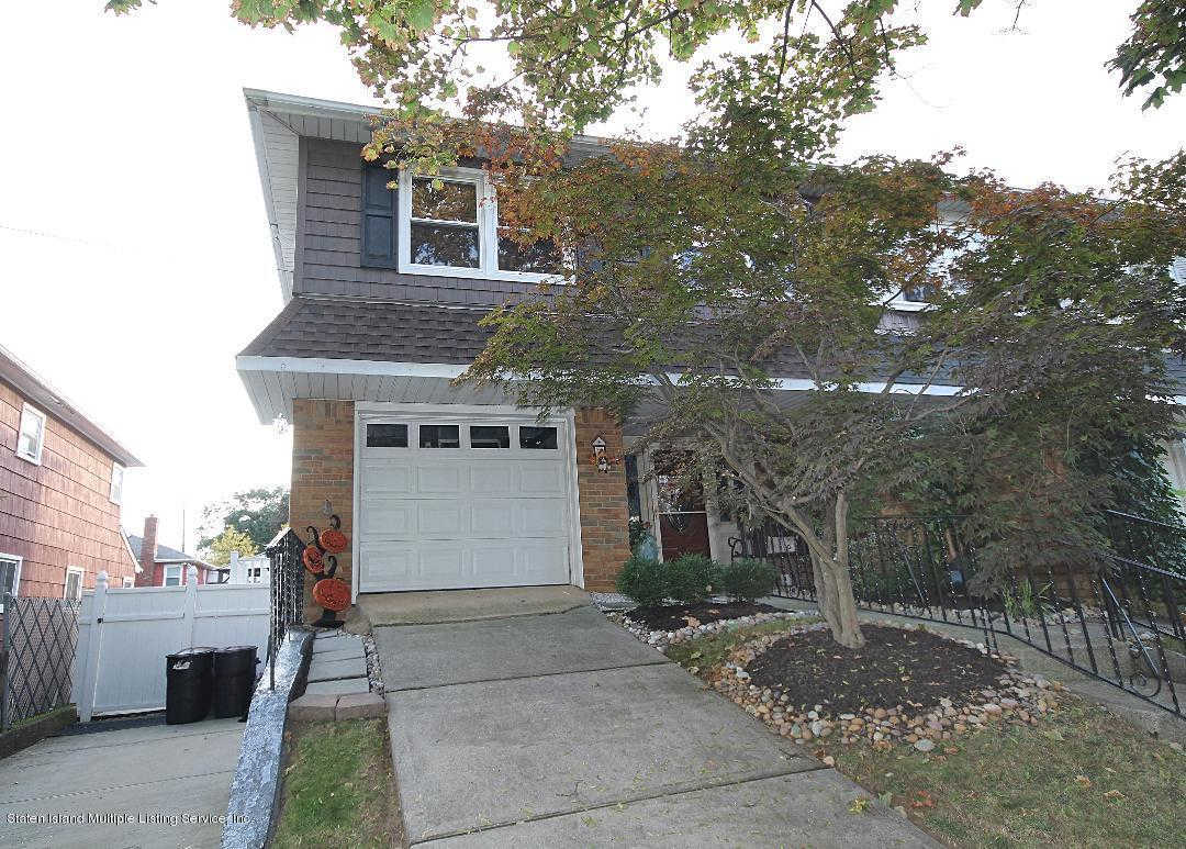8 Penn Avenue, Staten Island, NY 10306 is now new to the market!