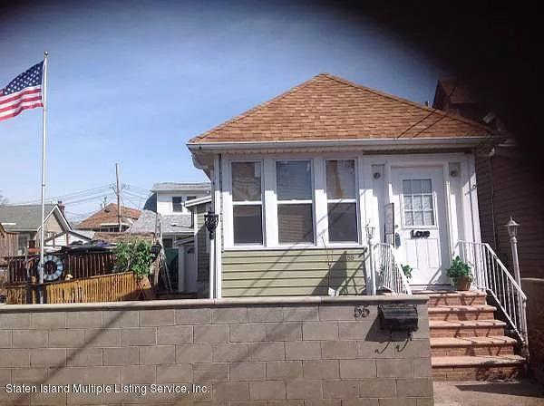 55 Center Place, Staten Island, NY 10306 now has a new price of $375,000!
