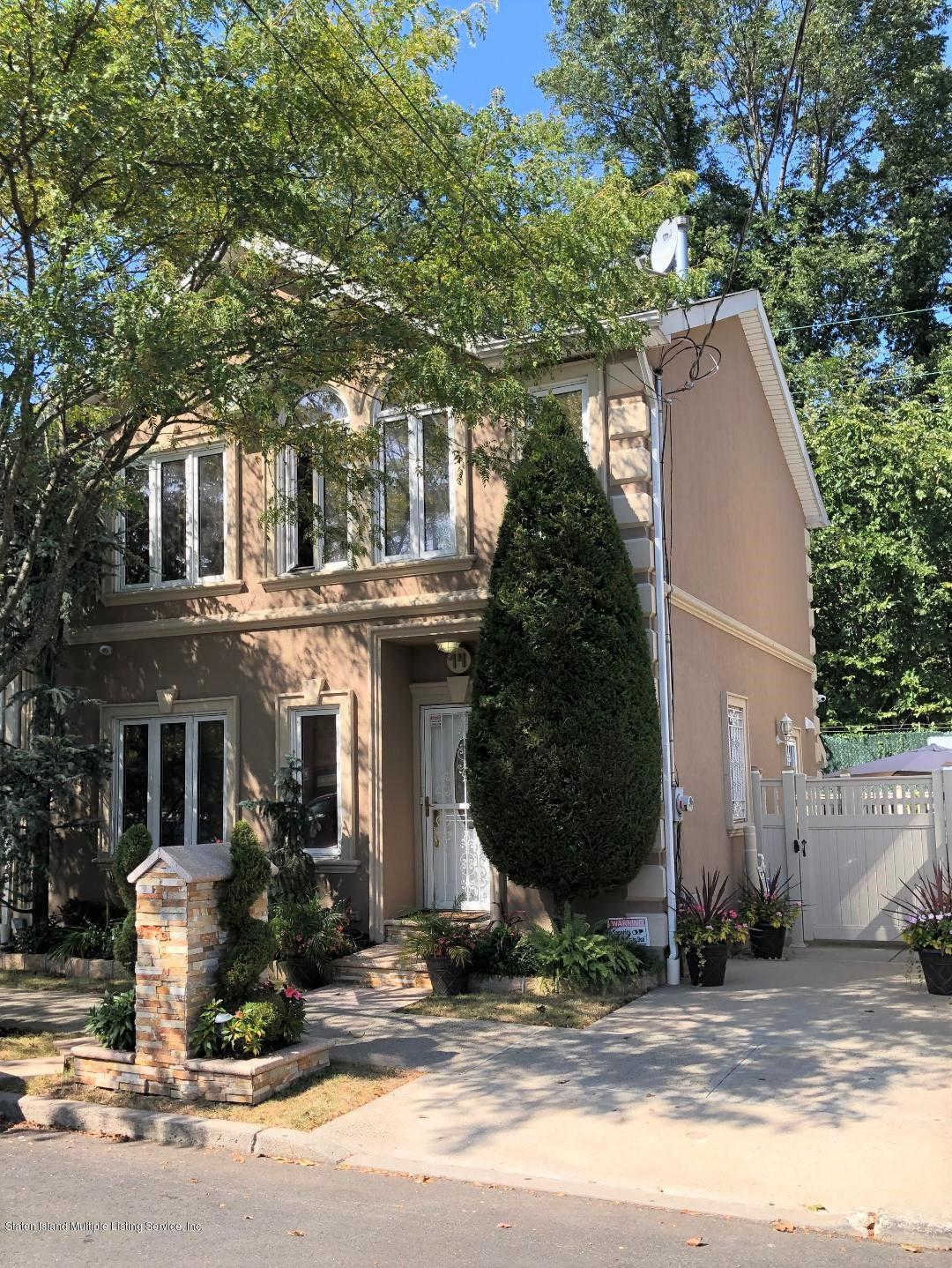 14 Penton Street, Staten Island, NY 10309 is now new to the market!