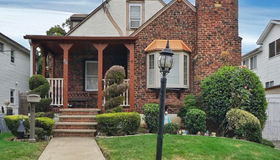 54 St. Albans Place, Staten Island, NY 10312