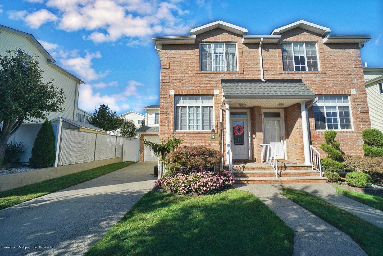 105 Anthony Street, Staten Island, NY 10309 is now new to the market!