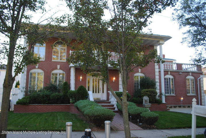 210 Alverson Avenue, Staten Island, NY 10309 now has a new price of $1,299,000!