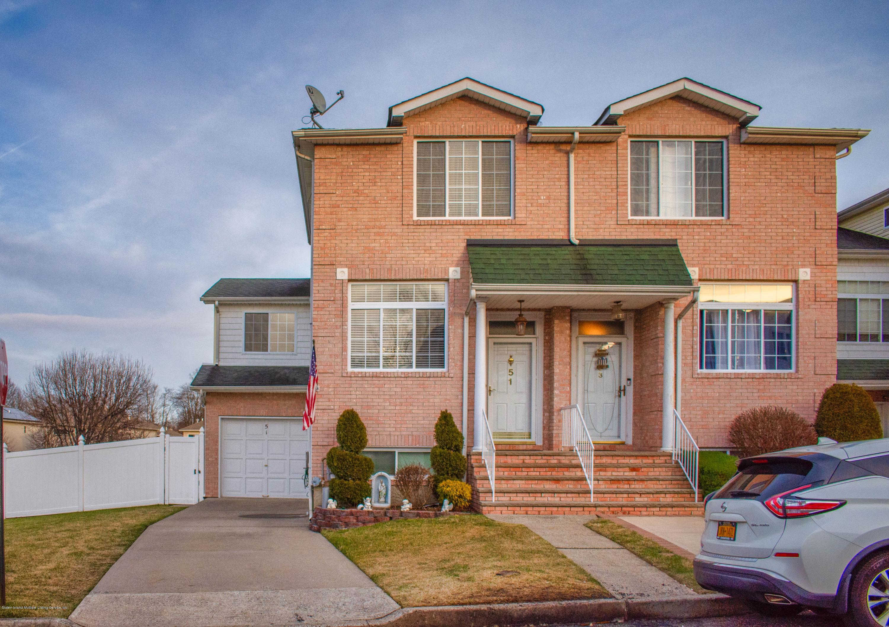 51 Dexter Avenue, Staten Island, NY 10309 is now new to the market!