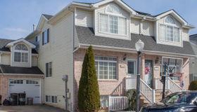 63 Darnell Lane, Staten Island, NY 10309