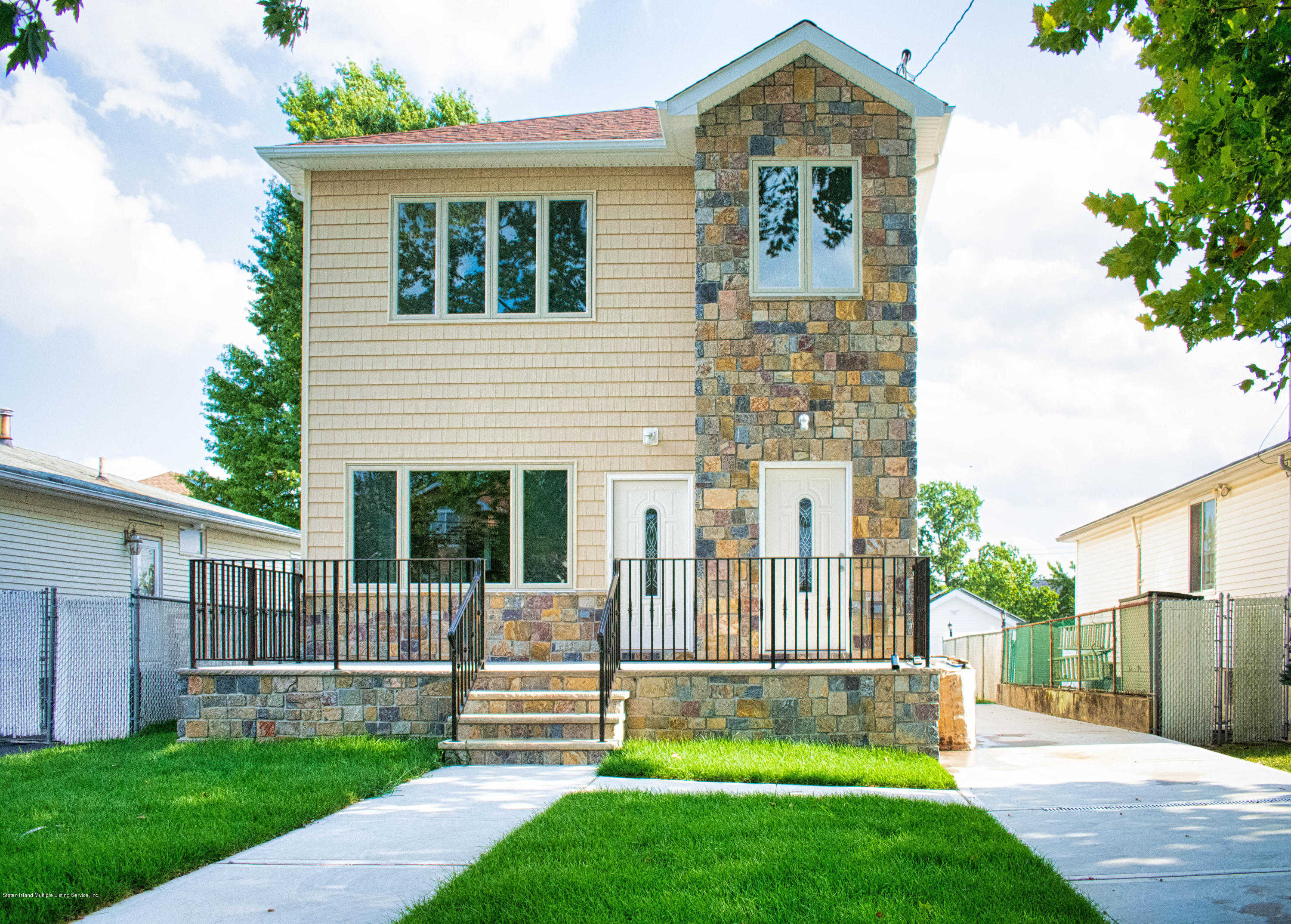 604 Ramona Avenue, Staten Island, NY 10309 has an Open House on  Sunday, March 15, 2020 12:00 PM to 2:00 PM