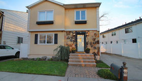 58 Carlyle Green, Staten Island, NY 10312