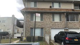 72 Linda Avenue, Staten Island, NY 10305
