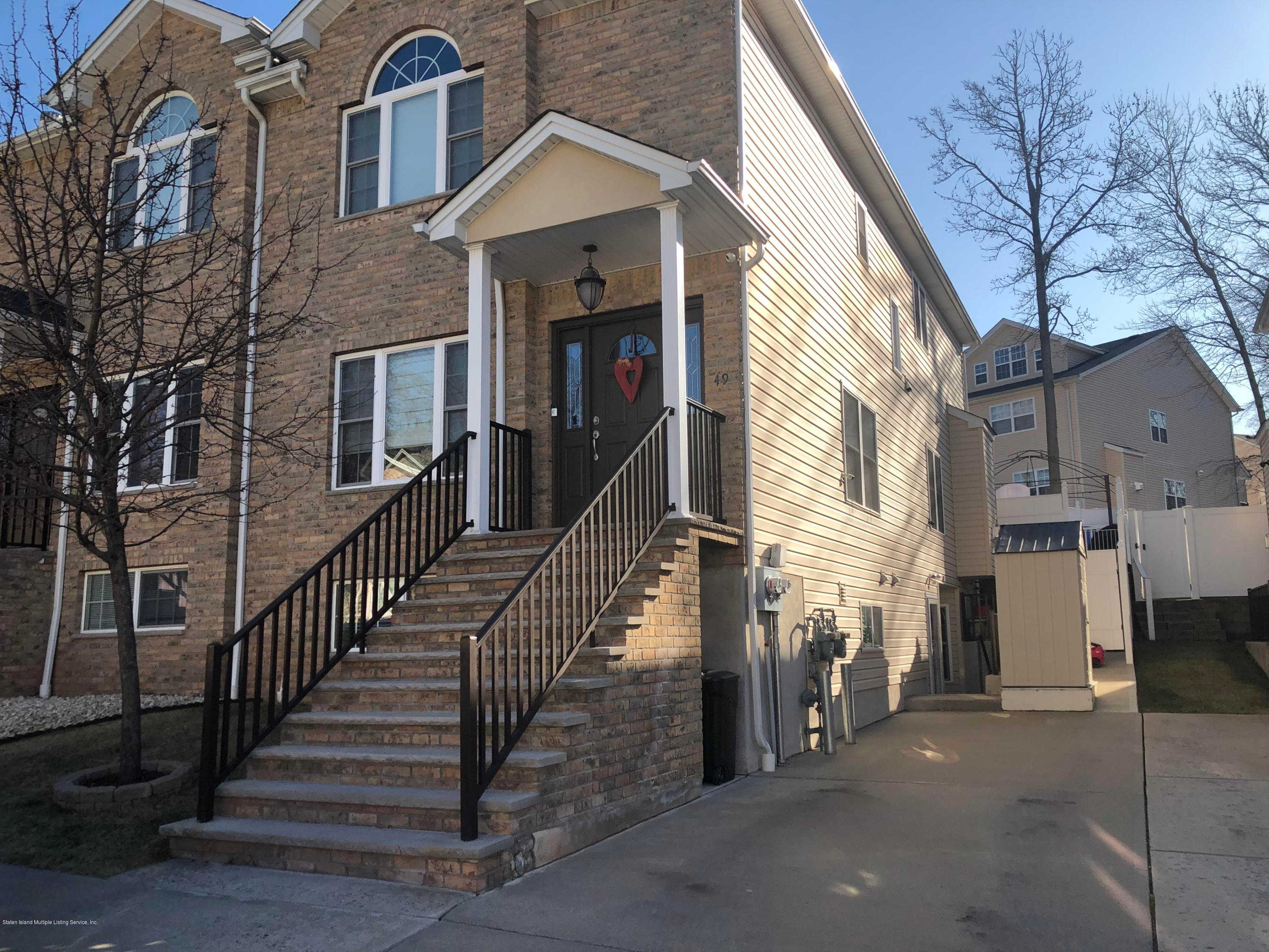 49 El Camino Loop, Staten Island, NY 10309 is now new to the market!