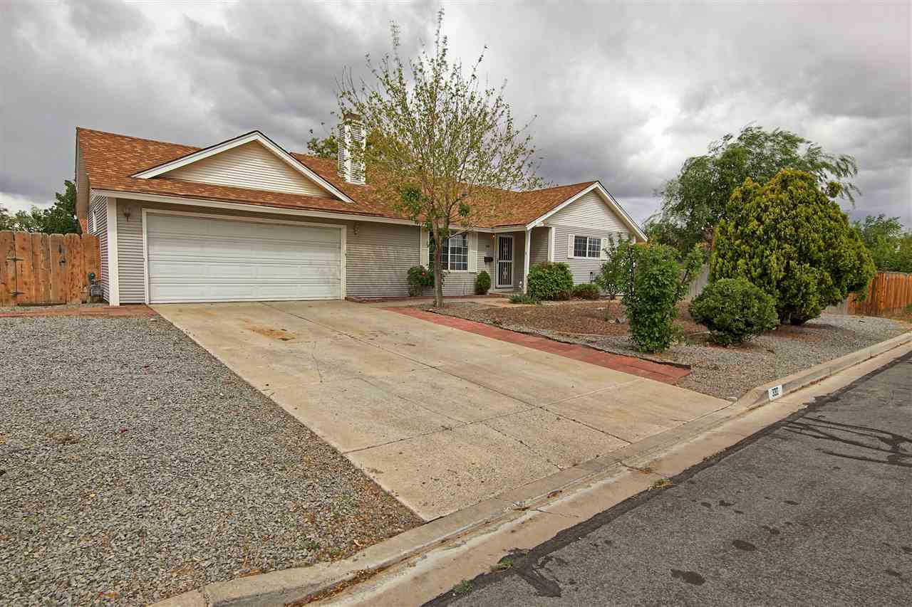 330 Maple, Fernley, NV 89408-8583 now has a new price of $224,000!