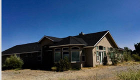 7475 Brothers Ln, Washoe Valley, NV 89704