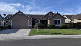 204 Shady Grove Lane, Dayton, NV 89403