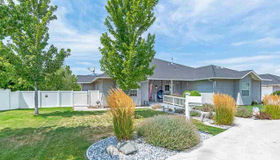 4576 Hillview Dr, Carson City, NV 89701-7842