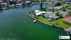 750 126th Avenue, Treasure Island, FL 33706