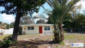 5819 2nd Street W, Bradenton, FL 34207
