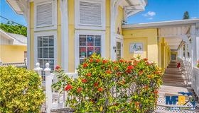 1101 Gulf Drive N, Bradenton Beach, FL 34217