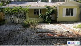 1102 Colleton Drive, Sarasota, FL 34234