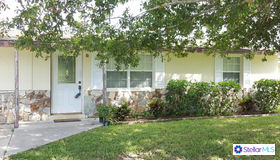 2825 Savoy Drive, Sarasota, FL 34232