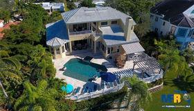 5824 Tidewood Avenue, Sarasota, FL 34231