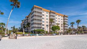 800 Benjamin Franklin Drive #104, Sarasota, FL 34236