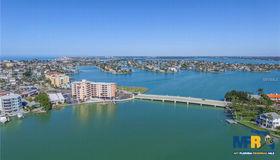 285 107th Avenue #705, Treasure Island, FL 33706