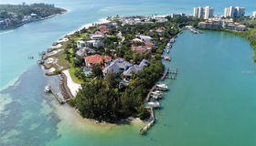 15 Lighthouse Point Drive, Longboat Key, FL 34228