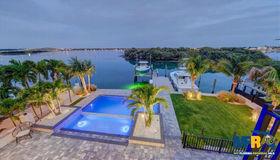 805 Harbor Drive, Belleair Beach, FL 33786