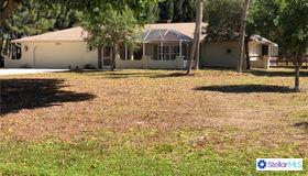 1860 Mackintosh Boulevard, Nokomis, FL 34275