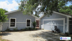 13202 Lake Magdalene Boulevard, Tampa, FL 33618