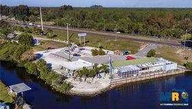 121 Playmore Drive, Venice, FL 34293