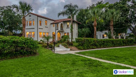 1014 Alhambra Way S, St Petersburg, FL 33705