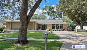 2664 Augusta Drive S, Clearwater, FL 33761