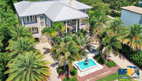 1303 N Bayshore Drive, Safety Harbor, FL 34695