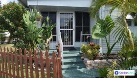 516 49th Avenue Drive W, Bradenton, FL 34207