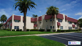 10033 64th Avenue N #16, St Petersburg, FL 33708