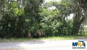 E Keysville Road, Lithia, FL 33547