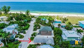 106 77th Street, Holmes Beach, FL 34217