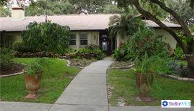 11300 Suncreek Place, Temple Terrace, FL 33617