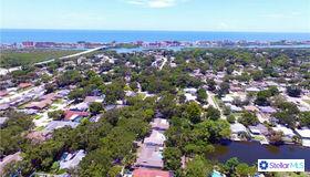 13791 Oak Forest Boulevard N, Seminole, FL 33776