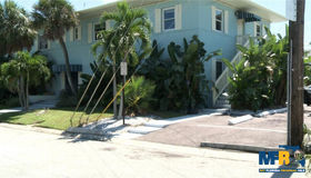 685 Bay Esplanade, Clearwater Beach, FL 33767