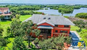 9025 Baywood Park Drive, Seminole, FL 33777