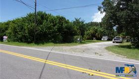 6425 62nd Avenue N, Pinellas Park, FL 33781