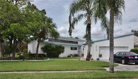7010 Greenbrier Drive, Seminole, FL 33777