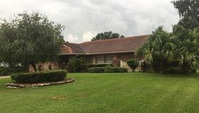1903 Country Club Court, Plant City, FL 33566