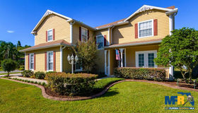 915 Hollyshore Drive, Lutz, FL 33548