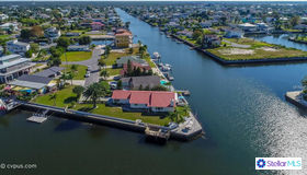 3180 Gulf Coast Drive, Hernando Beach, FL 34607
