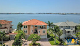 5915 Bayview Circle S, Gulfport, FL 33707