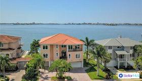 5915 Bayview Circle S, Gulfport, FL 33707