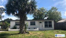 9185 82nd Way, Seminole, FL 33777